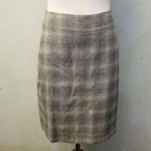 Banana Republic Factory wool mini skirt (M15)